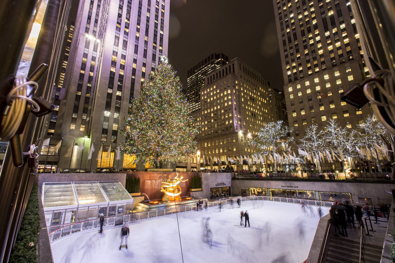 The Best Ways to Enjoy the Holidays in New York City : Fairmont Moments